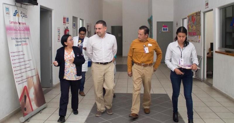 Recorre titular del Seguro Popular Centros de Salud de la zona poniente