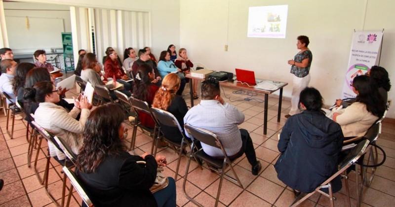 Promueve DIF Morelos capacitación a municipios en materia de solución pacífica de conflictos en la familia