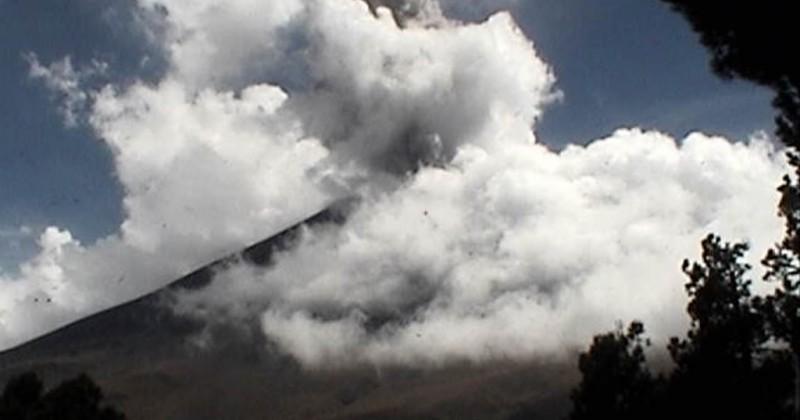 Continúa actividad del Volcán Popocatépetl dentro de los parámetros normales