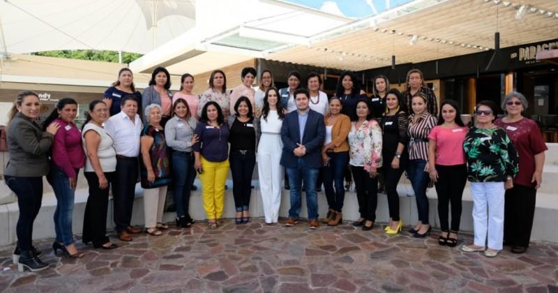 Se reúne Natalia Rezende con presidentas y directores de sistemas DIF Municipales