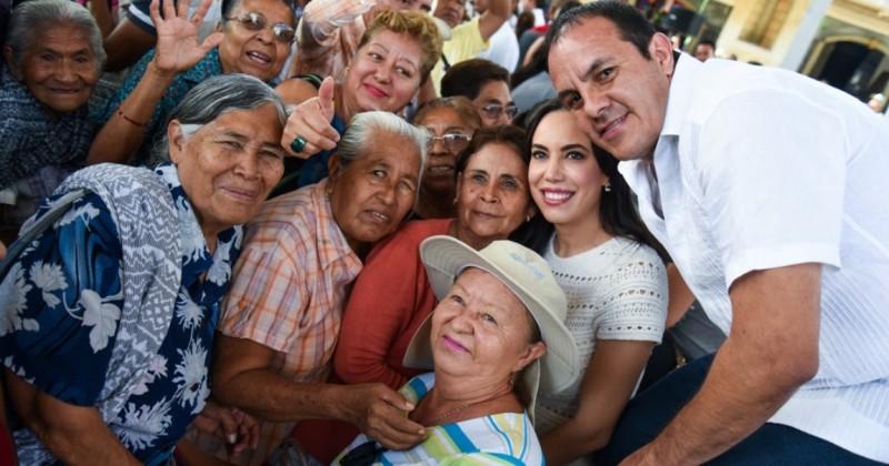 Avanza Cuauhtémoc Blanco en su recorrido por el estado