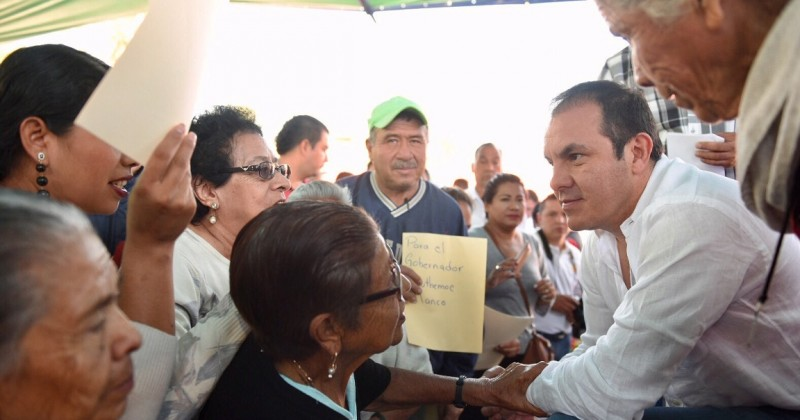 Confían ciudadanos en la palabra de Cuauhtémoc Blanco
