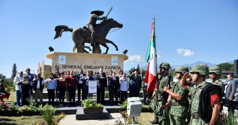 Cabalga nuevamente Zapata; Inauguran nueva ubicación del monumento