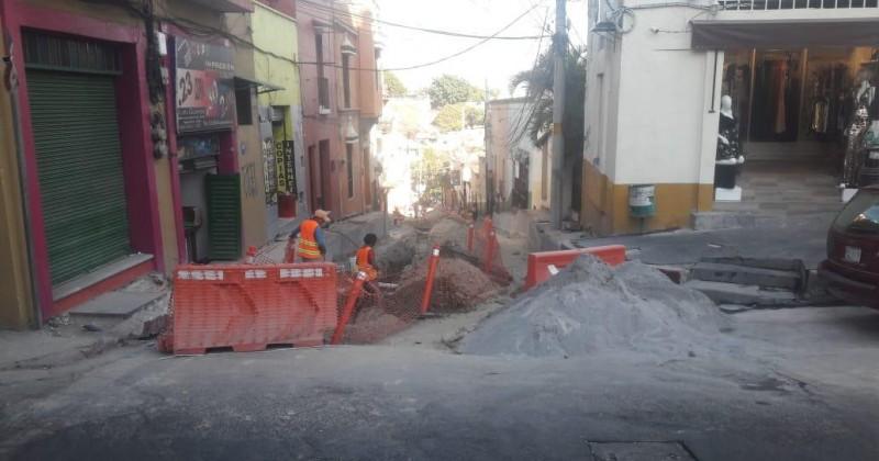 Continúa rehabilitación de Calle Salazar