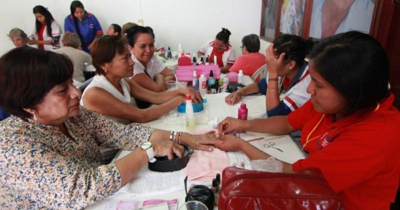 Realiza DIF Morelos Feria de Servicios para Adultos Mayores