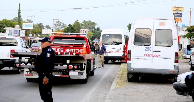 Continúa SMyT operativos para mejorar el servicio de transporte colectivo y de taxi