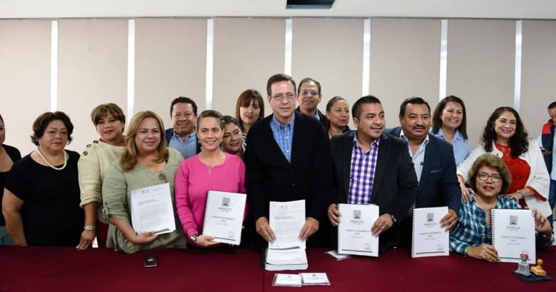 Entrega Poder Ejecutivo paquete económico 2019 al Congreso de...
