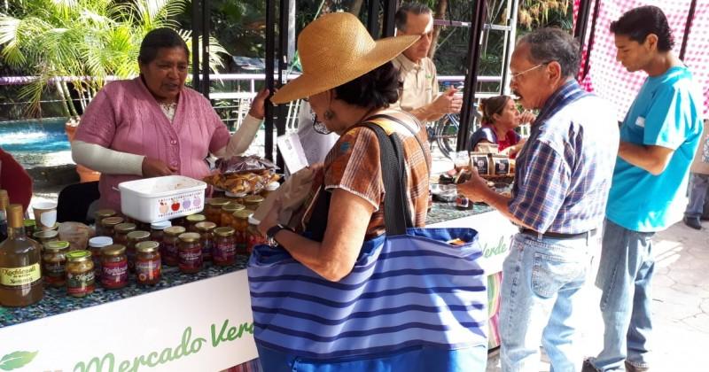 Se lleva a cabo Edición 58 del Mercado Verde en Parque Chapultepec