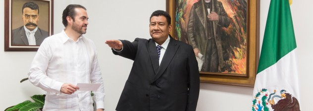Toma protesta Pablo Ojeda a nuevo director general de Atención Ciudadana