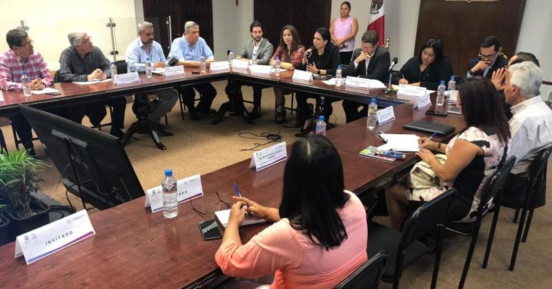 Trabajan SDEyT y empresarios en mejorar parques industriales en Morelos