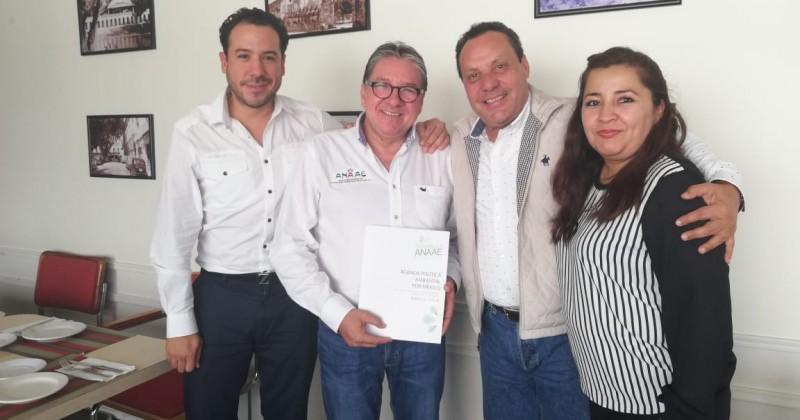 Recibe Morelos a autoridades ambientales de Campeche