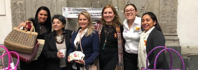 Realizan expo-venta de productos elaborados por internas del CERESO Morelos