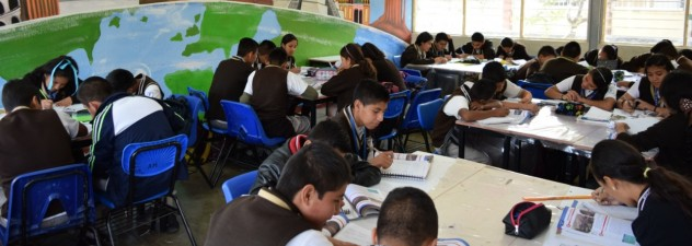 Entrega IEBEM 16 mdp para fortalecer gestión escolar