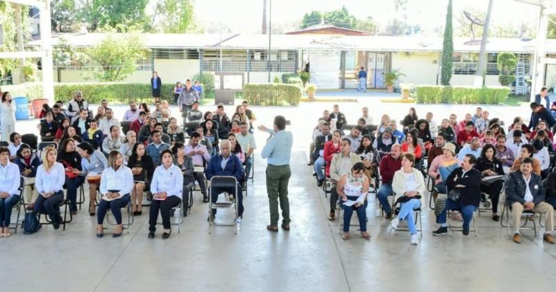 Inicia titular del IEBEM recorrido por escuelas de la entidad
