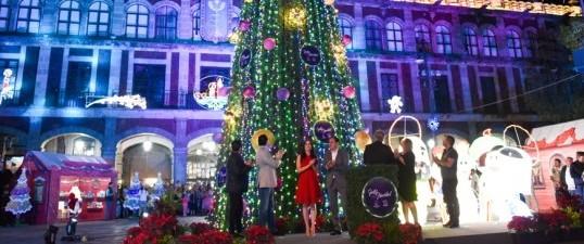 Llega el color de la Navidad al Centro Histórico de Cuernavaca